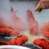 Het skaldjurshäll med vitlöksaioli