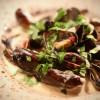 Moules marinières eller bara musslor med grädde och tärnat rökt sidfläsk?